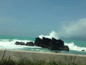 2015台風15号名護の海