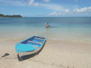 ボート体験後に海水浴