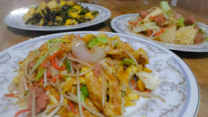 ボリューム満点!沖縄家庭料理