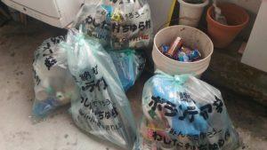 ビーチクリーンで回収したゴミ