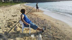 ビーチで模合(もあい)釣り